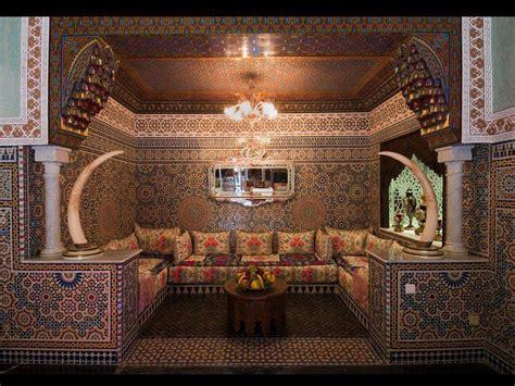 chambre artisanat marrakech suds visiting a tunisian hammam