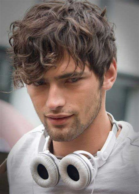 Boy Hairstyles For Wavy Hair by 15 Mens Fringe Hairstyles Mens Hairstyles 2018