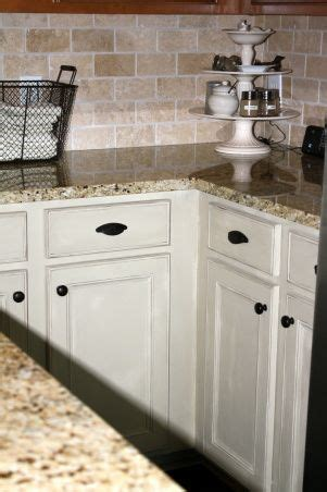 chalk paint on kitchen cabinets 94 best images about chalk painting on blue 8124