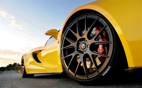 Ultra High Performance Tires? The Complete Tire Guide