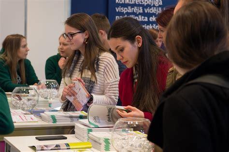 Izstādē «Skola 2019» var uzzināt par studiju iespējām RTU ...