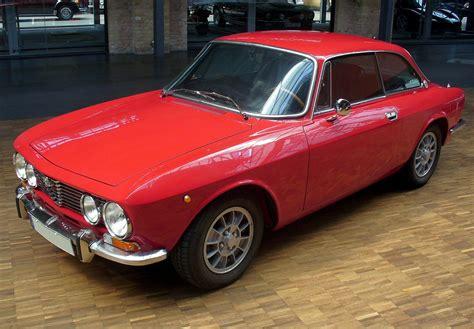 Alfa Romeo 2000 Gt Veloce Group 2 (1971)  Racing Cars