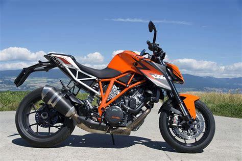 ktm suit moto guzzi  baisse ses prix en suisse