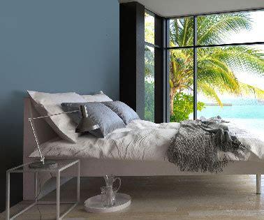 comment relooker sa chambre relooker sa chambre avec une peinture bleu nuit