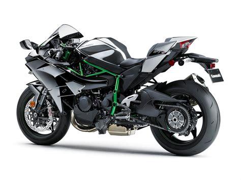 Review Kawasaki H2 by 2015 Kawasaki H2 Review