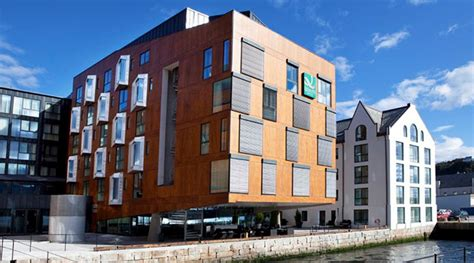 comfort suites ta hotell 197 lesund quality hotel waterfront