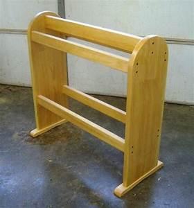 Woodwork Wooden Quilt Rack PDF Plans
