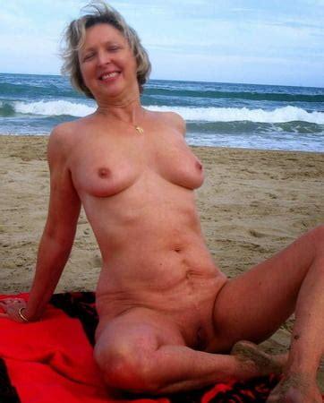 Strand porno nackt Nackte Fotzen