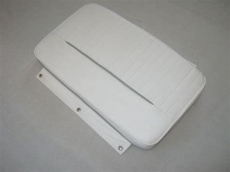 Boston Whaler Boat Cushions Sale by Boston Whaler Dauntless 13 15 Cooler Cushion 70 Boats