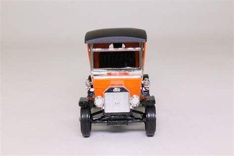 Models of Yesteryear Y-12/3; 1912 Ford Model T Van; Hoover ...