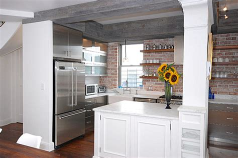 new york kitchen accessories the shiny kitchen metal decor for your culinary space 3529