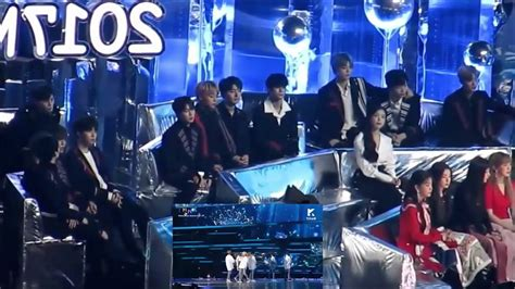 Fancam Wanna One And Iu Reaction To Bts Spring Day At Mma