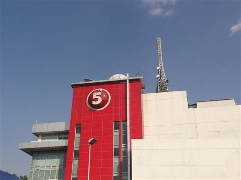 TV5 Network (company) - Wikipedia