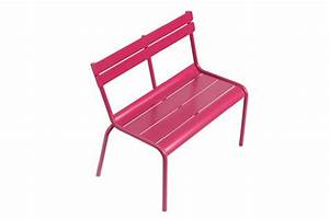 10 meubles d39exterieur destines aux enfants With fermob jardin du luxembourg 10 chaise luxembourg fermob en metal rouge made in design
