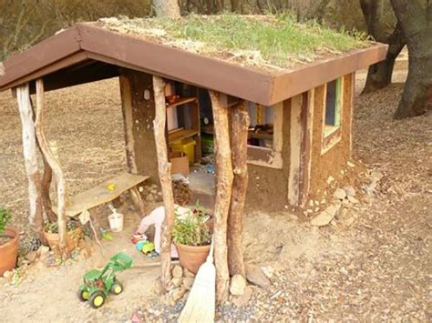 'naturally Cool' Cob Playhouse Built For $30  Off Grid World
