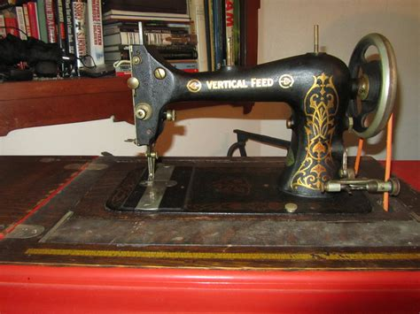 olga a 1915 davis new vertical feed sewing machine 60andcounting