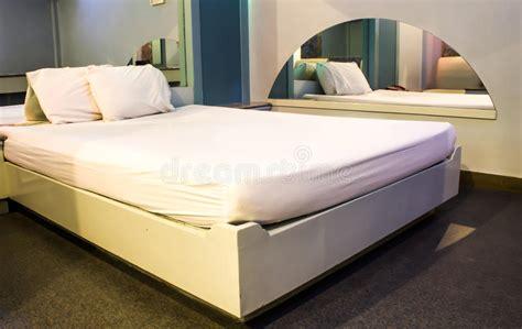 chambre d h es de luxe chambre d 39 hôtel moderne de luxe photo stock image 38768876