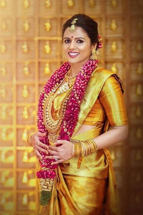 beautiful south indian bridal  style photography poses youme  trends