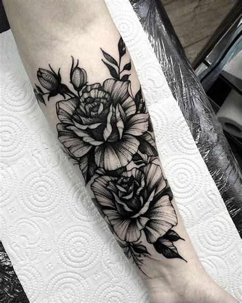 arm blumen 1001 idee per tatuaggio avambraccio con disegni