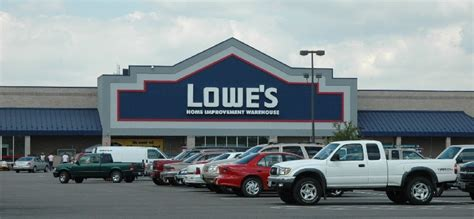 couple sues lowes  injuries  uneven pavement