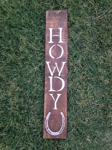 pallet board sign  horse shoe diy canvas photo