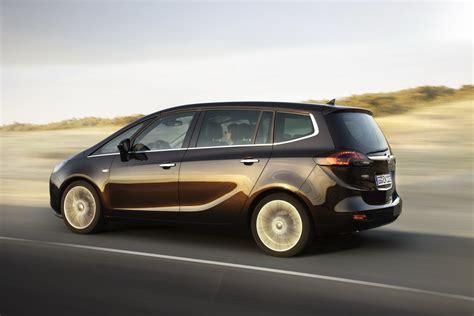 Opel Zafria by 2012 Opel Zafira Tourer
