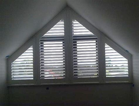 specialty shaped blinds  arch  angled windows