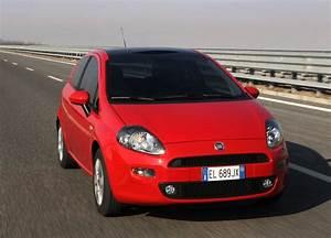 Fiat Punto Avis : fiat punto 2012 3 portes ~ Medecine-chirurgie-esthetiques.com Avis de Voitures