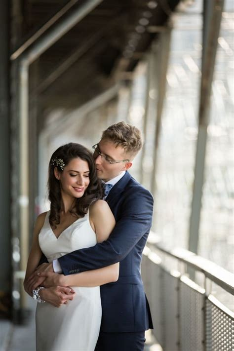 12193 professional wedding photography poses wedding photographer posing guide poses that work