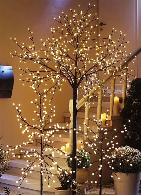 Weihnachtsdekoration Beleuchtet Außen by Led Baum In Verschiedenen Ausf 252 Hrungen Gartenbeleuchtung