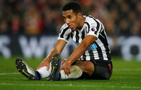The Chalkboard: Isaac Hayden wasted chance to impress v ...