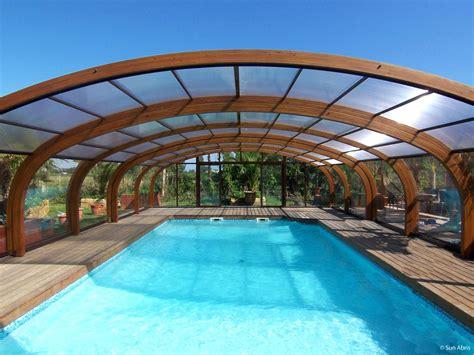 abri piscine bois lamelle colle abri de piscine en bois en lamell 233 coll 233 pour qu esth 233 tisme rime avec durabilit 233 piscine