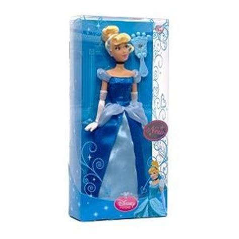 disney store cenerentola bambola barbie principessa