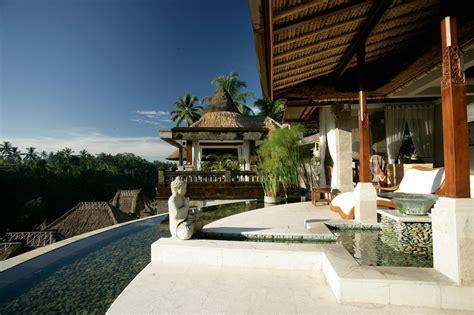 Rumah-indah-mungil-desain-bali-klasik