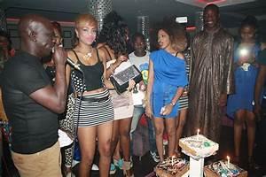 Dakar By Night   Podium De La Robe La Plus Courte