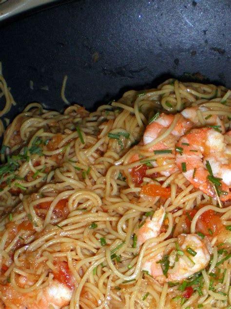 cuisiner vermicelle de riz crevettes aux nouilles de riz interblog n 21 cuisiner