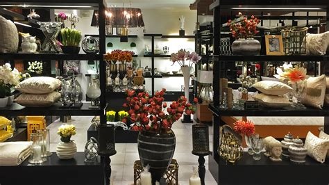 Shop Home Decor by Home Decor Stores India