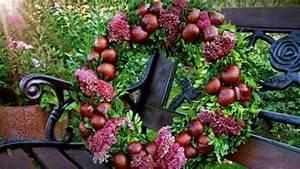 Herbstgestecke Selber Machen : herbst kr nze mit fruchtschmuck mein sch ner garten ~ Frokenaadalensverden.com Haus und Dekorationen