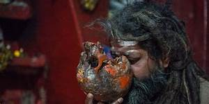 The Aghoris eating-dead practices | Strange But True News