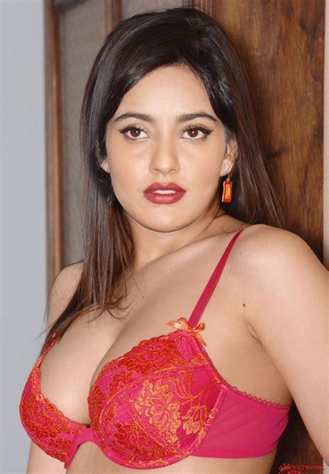 Shriya Sharma Nude Galensfw Club