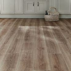 Professional Click Fit Oak Vinyl Flooring  Howdens Joinery