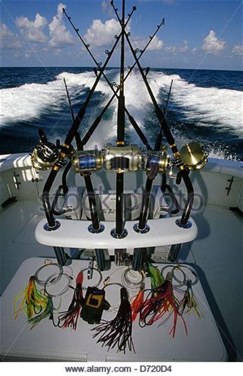Party Boat Fishing Gear by Best 25 Deep Sea Fishing Ideas On Pinterest Deep