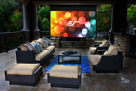 Elite Launches Motorized Retractable Outdoor Projector