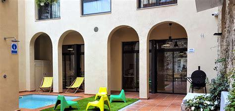 ten   hostel tu hostel en el centro de barcelona
