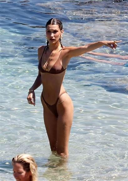 Hadid Bella Gigi Bikini Bikinis Mykonos Wrestle