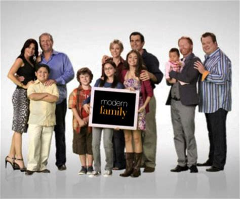modern family season 1 review and episode guide basementrejects