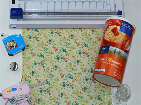 Hometalk  Upcycled Oatmeal Container To Hair Accessory