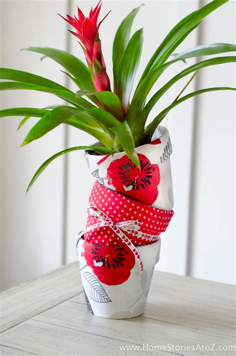 fabric from walmart how to mod podge flower pots easy diy gift idea