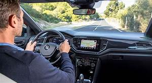 Volkswagen T Roc Carat : volkswagen t roc 2018 essai flamme actuelle avis int rieur fiche technique prix auto ~ Medecine-chirurgie-esthetiques.com Avis de Voitures