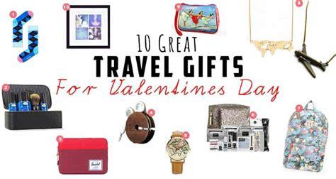 travel gift ideas  valentines day   maps